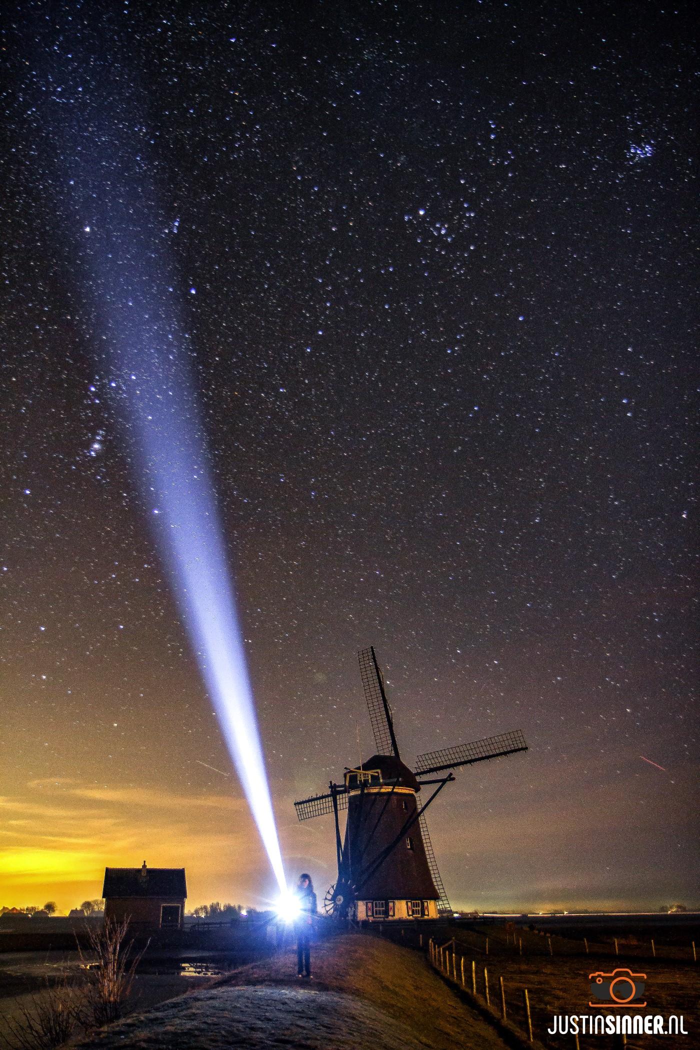 """Jamila met zaklamp bij moeln """"het Noorden op Texel / jamila with flashlight near windmill the North on Texel"""
