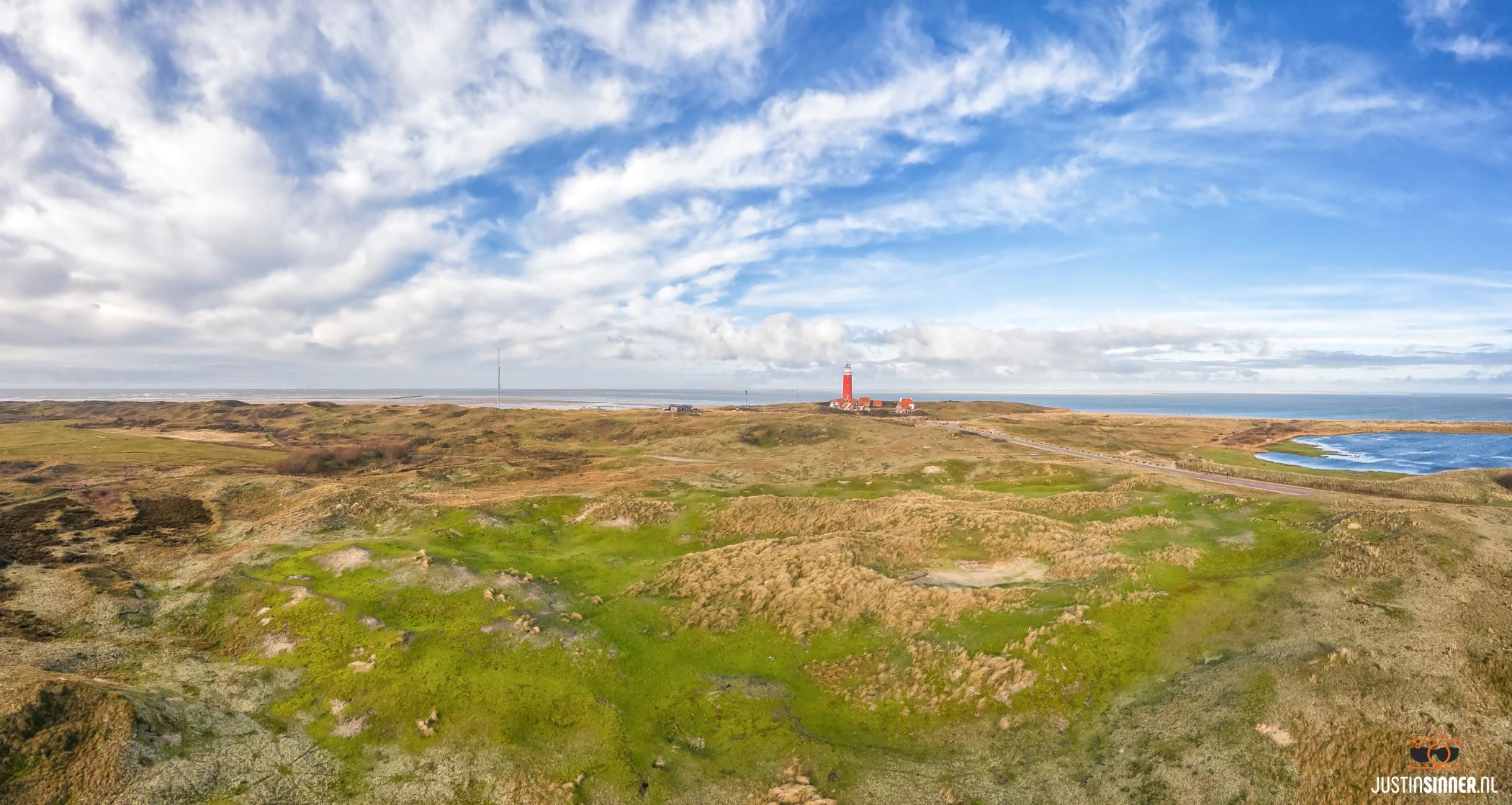 Duingebied rondom de vuurtoren / Dunelandscape near Texel lighthouse