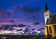 Kerk van den Hoorn tijdens een prachtige zonsondergang / Church of den Hoorn during a stunning sunset! https://justinsinnernl