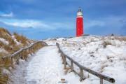 Texelse vuurtoren in de sneeuw / Texel lighthouse in the snow / justinsinner.nl